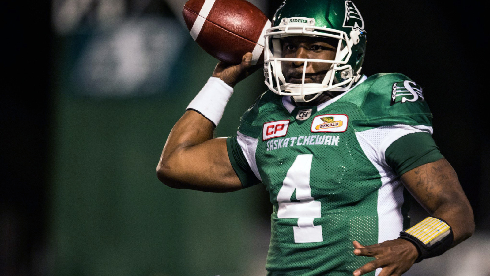 pedersen the return of chris jones ca riders pivot darian durant gets ready to throw during a week 2 loss to the argos ca
