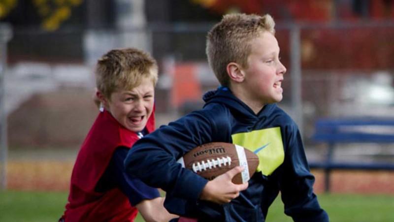 flag-football-promo-2-kids-running