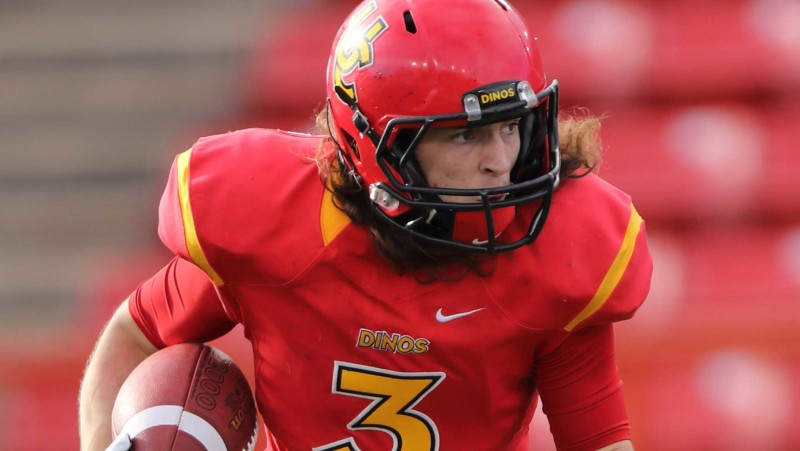 Defensive back Adam Laurensse playing for the U of Calgary Dinos (Photo courtesy of Calgary Dinos)