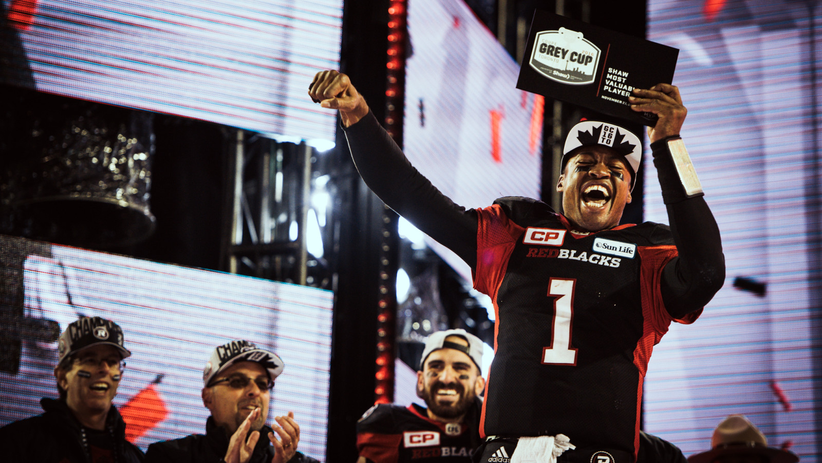 Stampeders leave Calgary to face Toronto for CFL Grey Cup match