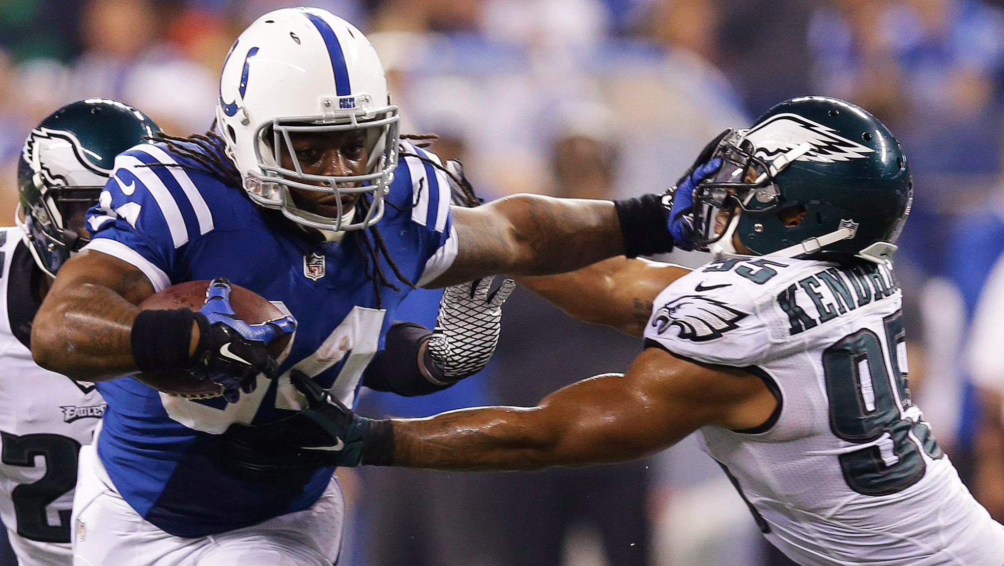 Former Alabama RB Trent Richardson signs with new team