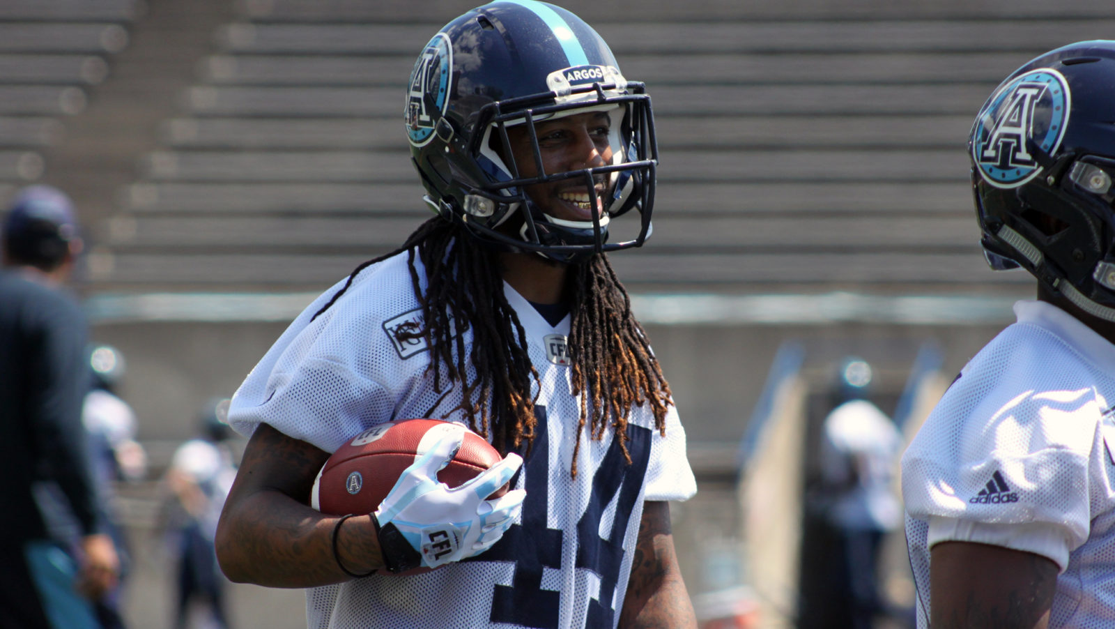 cddf7a577 Checking Down  Dexter McCluster