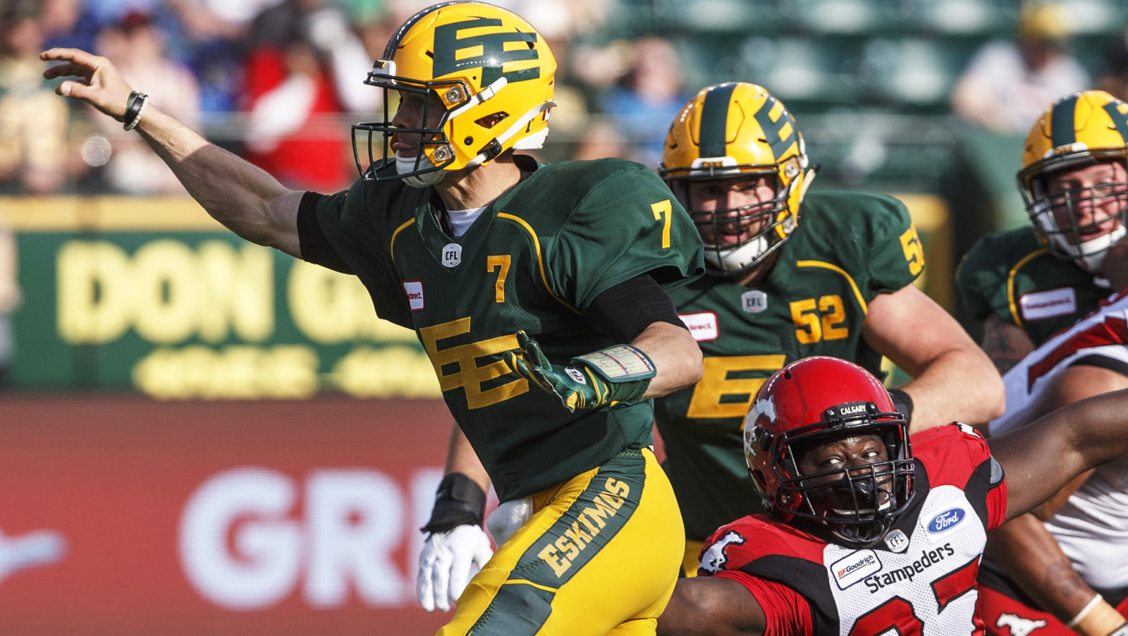 Labour Day Rematch: Looking back at the Battle of Alberta - CFL.ca