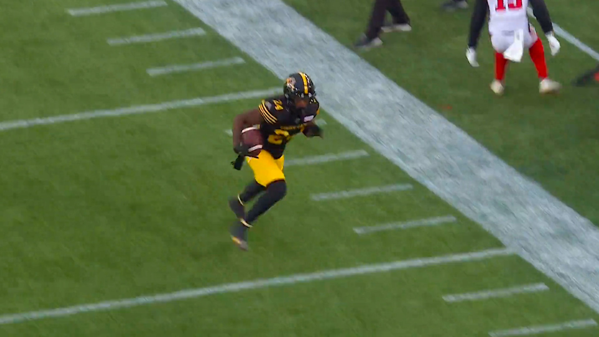 Desmond Lawrence's First Career INT sets up a score