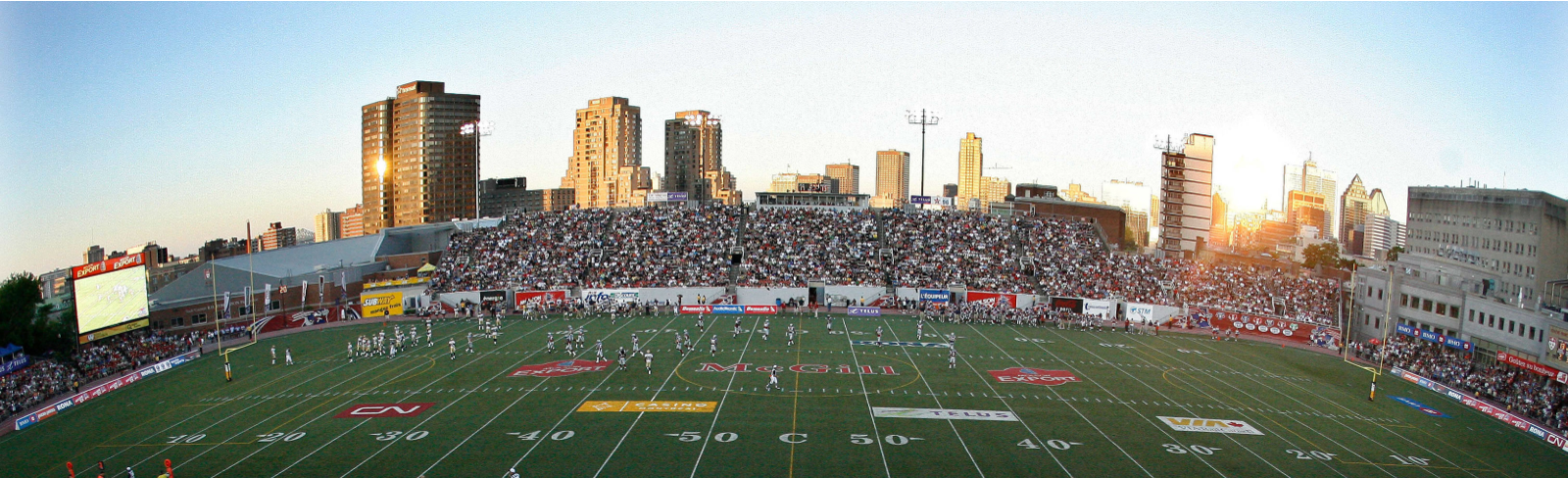 Two CH146 Griffon helicopters to fly over Percival Molson Memorial Stadium on Saturday, September 21 - Montreal Alouettes