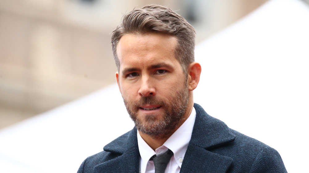 Ryan Reynolds Gives Love To BC Lions on FOX NFL Broadcast - BC Lions
