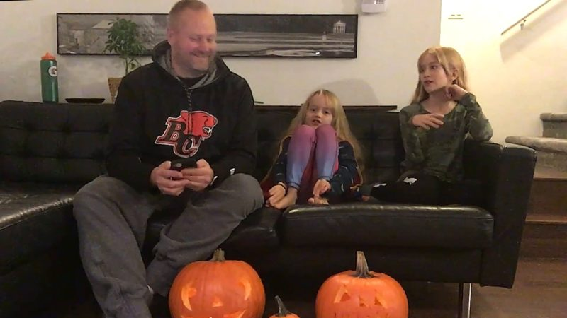 🎃 Save On Foods Family Moments | Halloween With The Bates Family