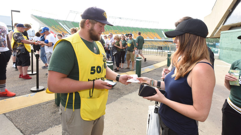 Eskimos 50/50, Presented by belairdirect, Distributes a Record Amount to Amateur Football
