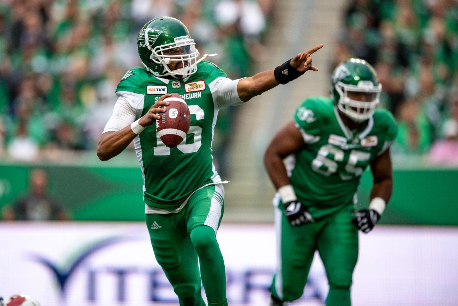 reputable site e3226 eec3b Notebook: Chris Jones' actions got the Riders' attention ...