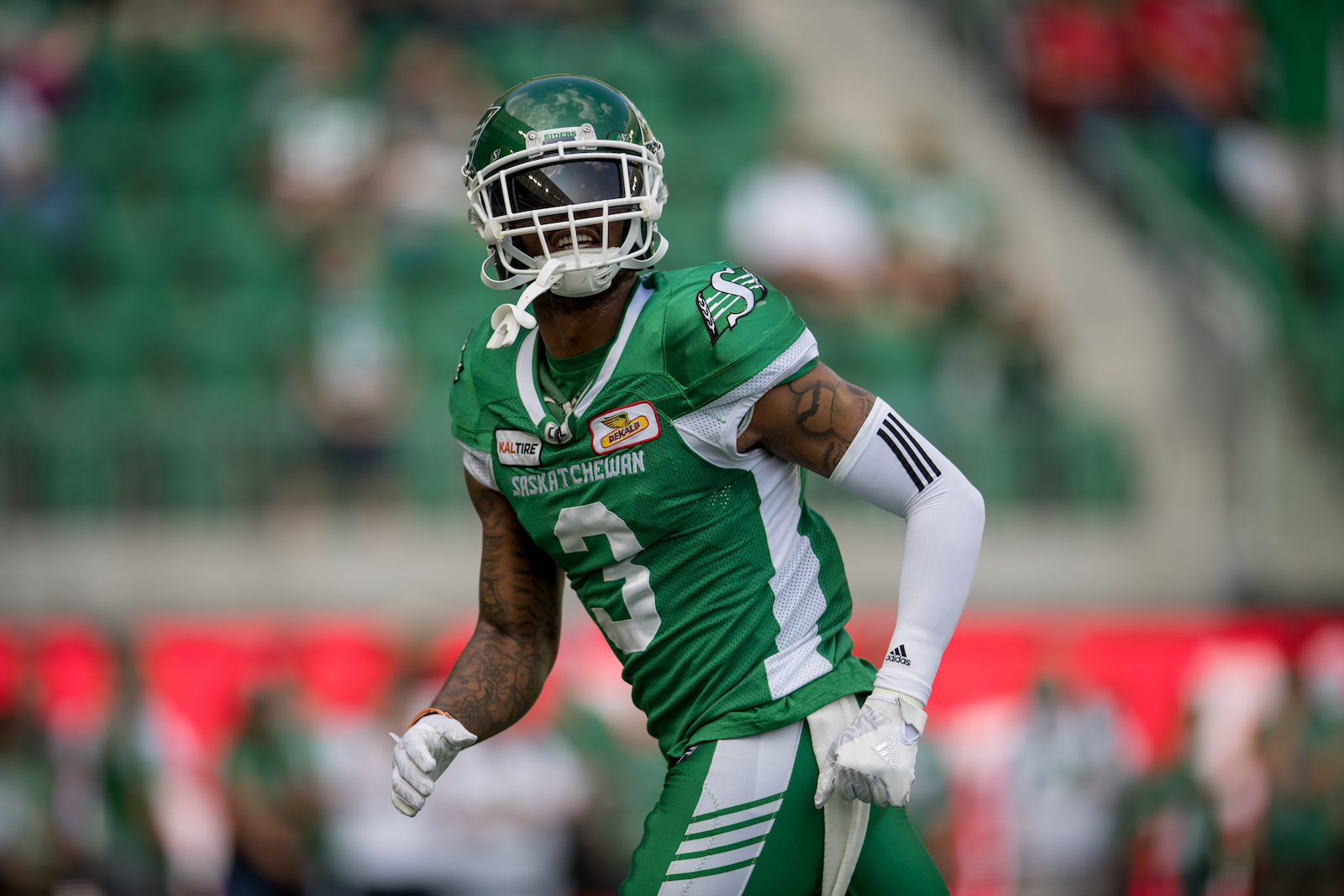Nick Marshall proves to be a dual threat - Saskatchewan Roughriders 56e827aff1a