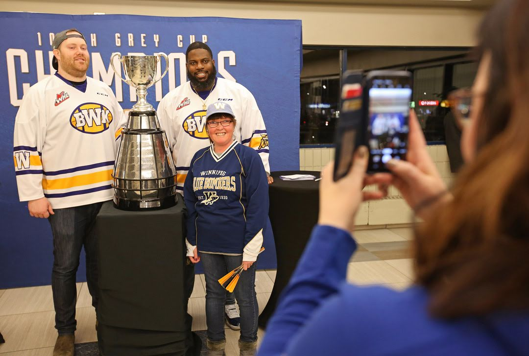 Neufeld, Bryant & the Grey Cup stop in Brandon - Winnipeg Blue Bombers