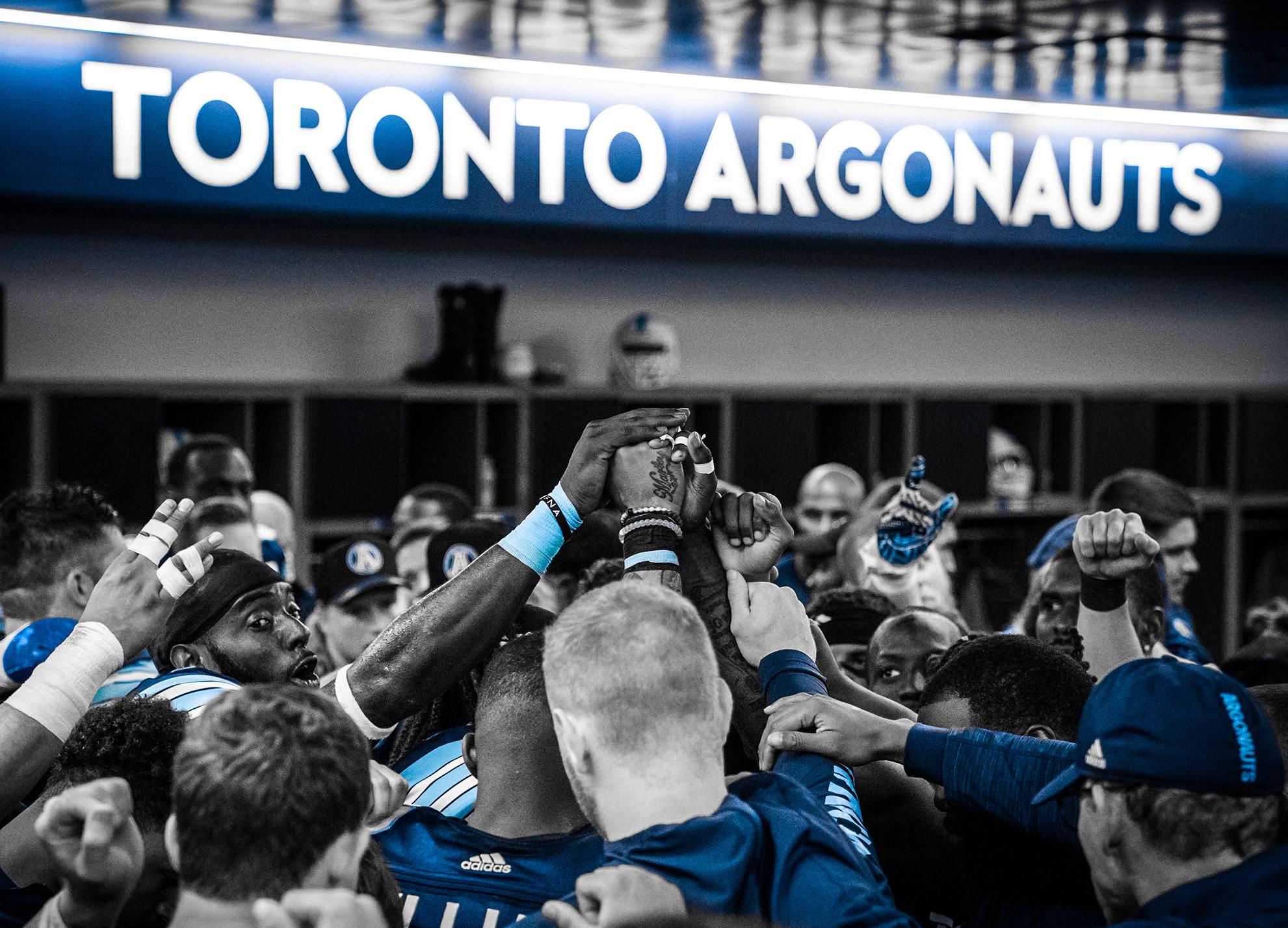 Toronto Argonauts huddle in the dressing room