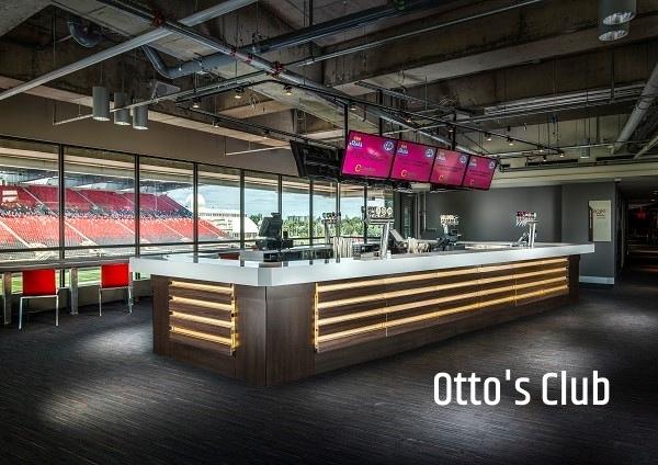 Otto's Club Photo
